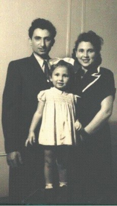 Haim, Toby and Leah Krolik (abt 1950)